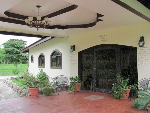 Spanish-Style-County-Hacienda-For-Sale-in-Boquete-Panama-002